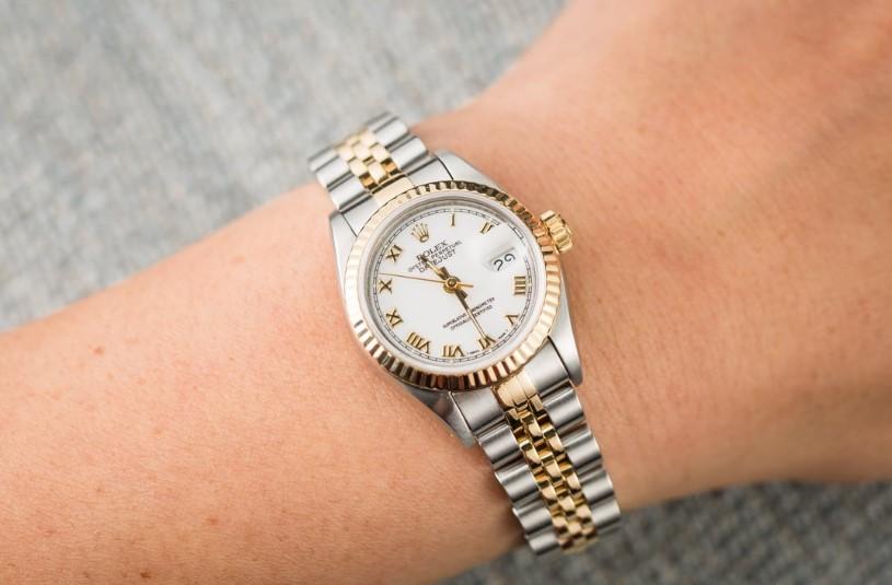 Rolex Lady Date Just, Jam Tangan Gaya Feminim Klasik